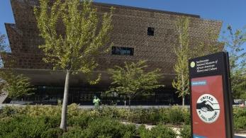 Smithsonial African American Museum.jpg